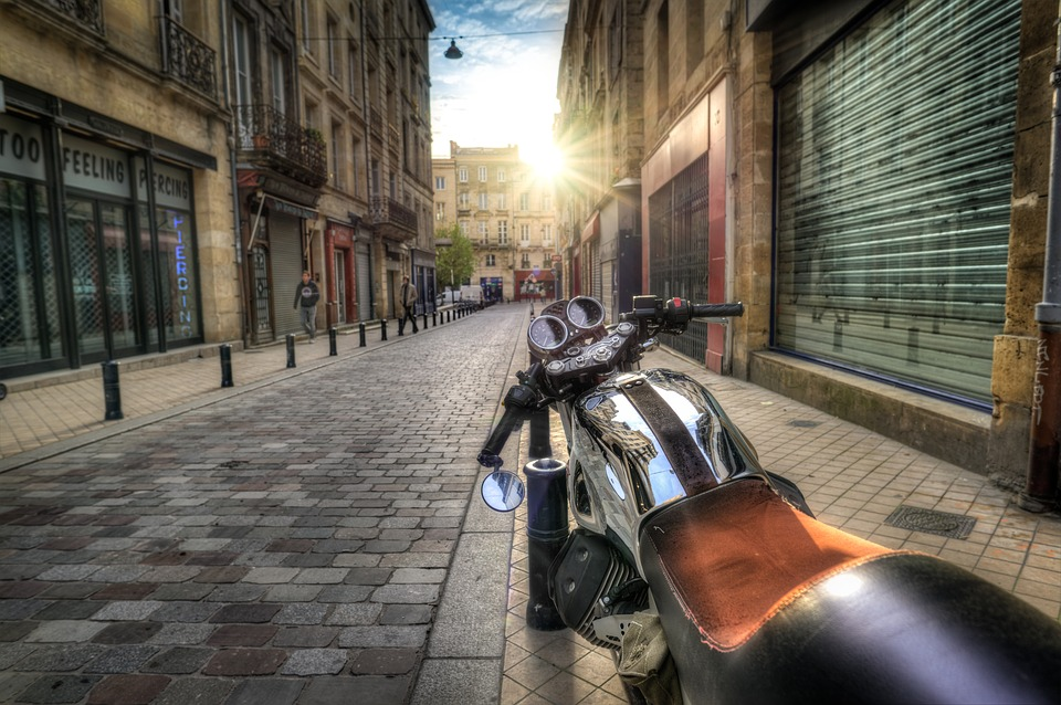 passer un permis moto ce qu il faut savoir assurance scooter 50cc. Black Bedroom Furniture Sets. Home Design Ideas